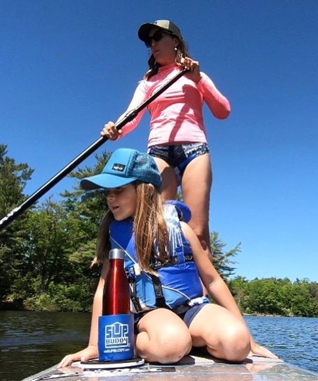 Never paddle alone, always bring your #SUPBuddy! @shreddymcdolan and her SUP buddies cruisin' the day away 🤙🏼 . . . #SUP #iSUP #standuppaddle #paddle #riverdays #supcanada #supontario #summersupsesh #goodtimes #sunsoutsupsout #explore #adventure #getoutthere