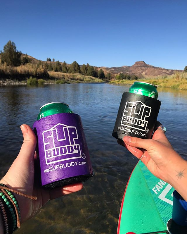 Buddies who SUP together, stay together 🍻 cheers! #SUPBuddy . . . #cheers #supbuddy #wasupbuddy #johndayriver #oregon #suporegon #isup #standuppaddle #adventure #explore