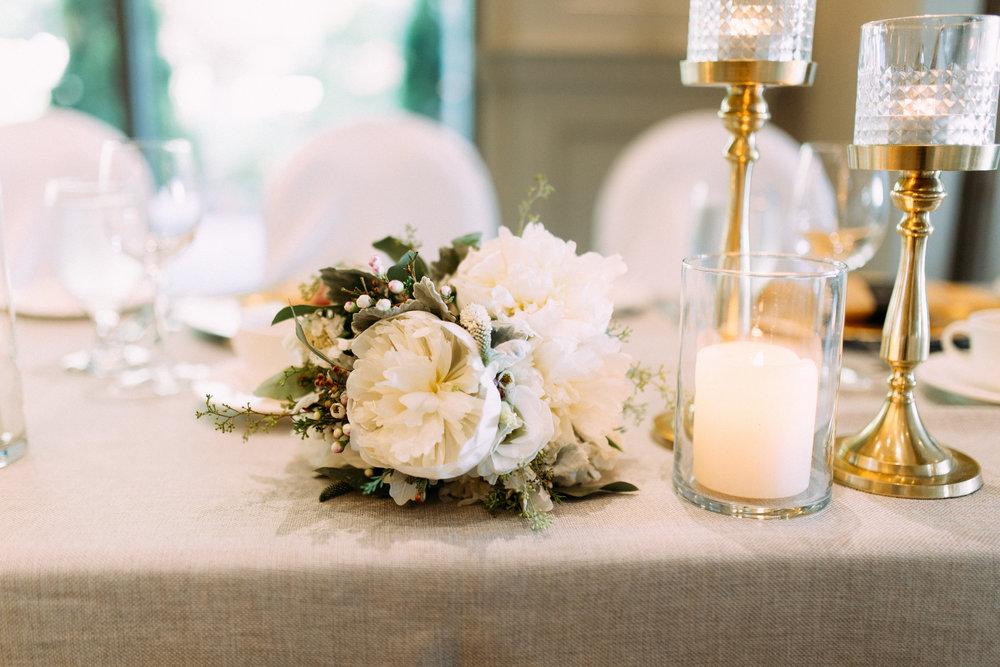 Modern Gold wedding candles
