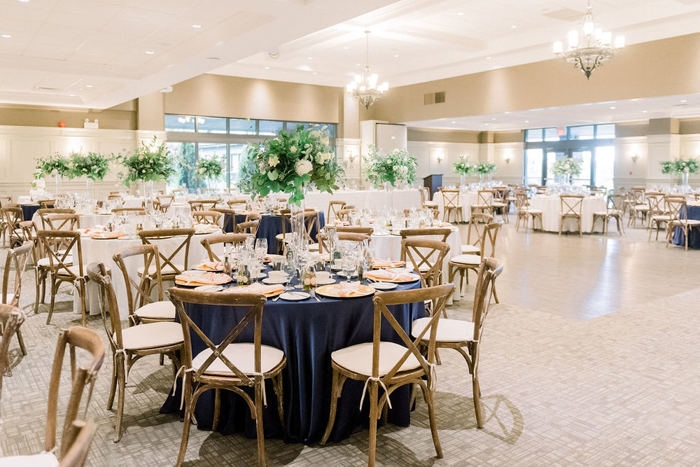 Navy White Green Real Wedding Reception // spunkysapphire.com/blog