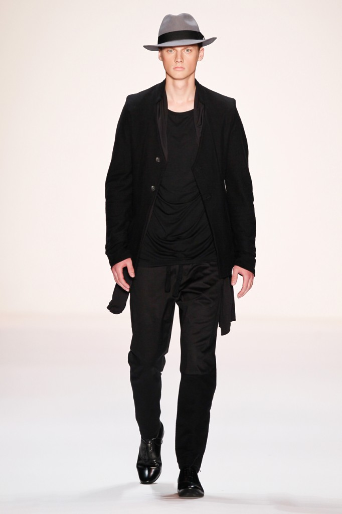 Umasan Show - Mercedes-Benz Fashion Week Spring/Summer 2014