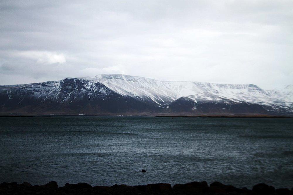 dark_mountains_water.jpg