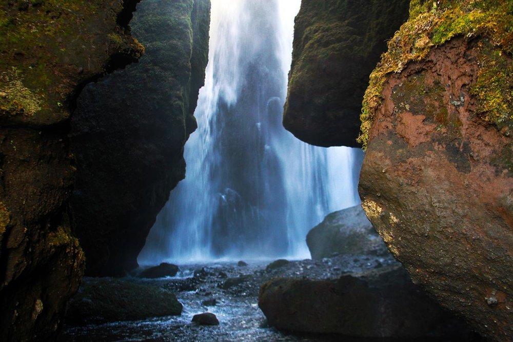 waterfallcave.jpg