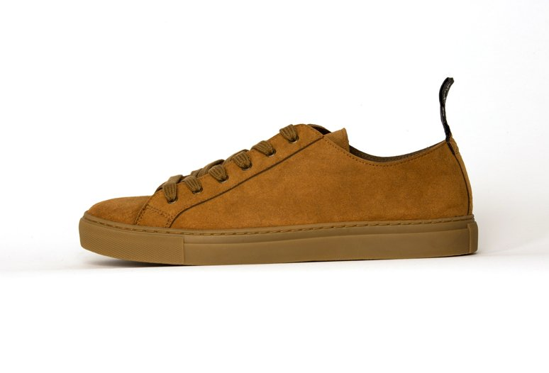 Good Guys - The Samo Mustard in vegan suede.