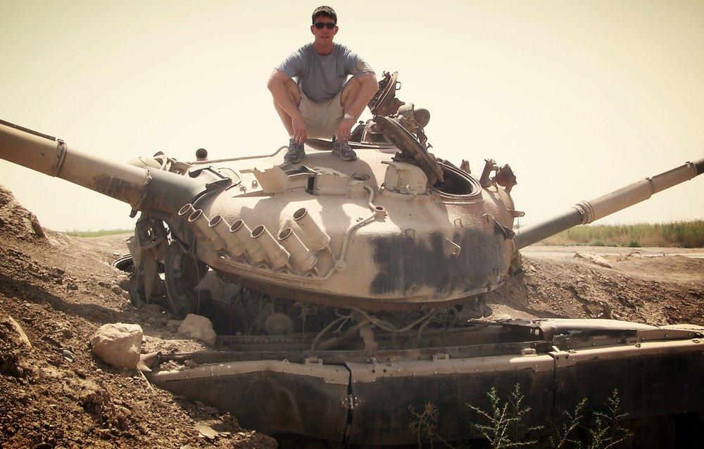 Tank Douche (Camp Slayer, Baghdad)