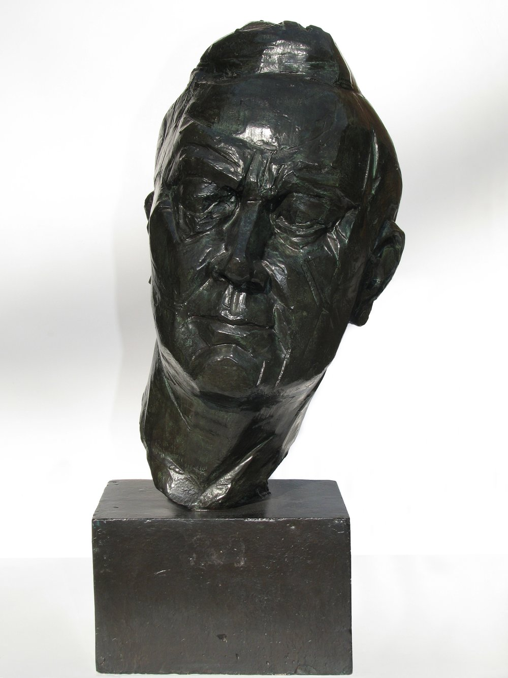 "Portrait Head of President    Franklin   Roosevelt  1934, bronze 26 x 12 ¾ x 13 ¾"" National Portrait Gallery, Smithsonian Institution, Washington, DC 30.396"