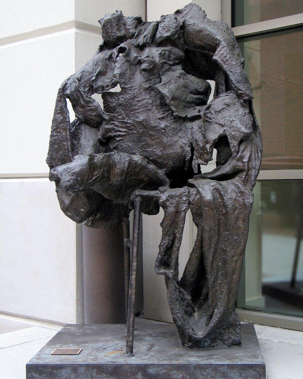 """Hecuba, 1960-62, bronze, 80 x 50 x 30"""""""