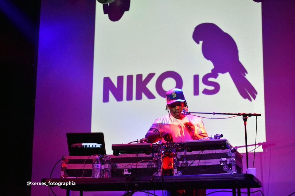 niko-is-14.jpg