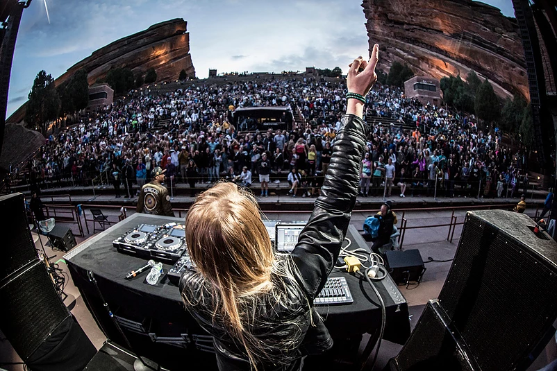 Maddy O'Neal performing at Red Rocks in Colorado - Photo from Noise Porn