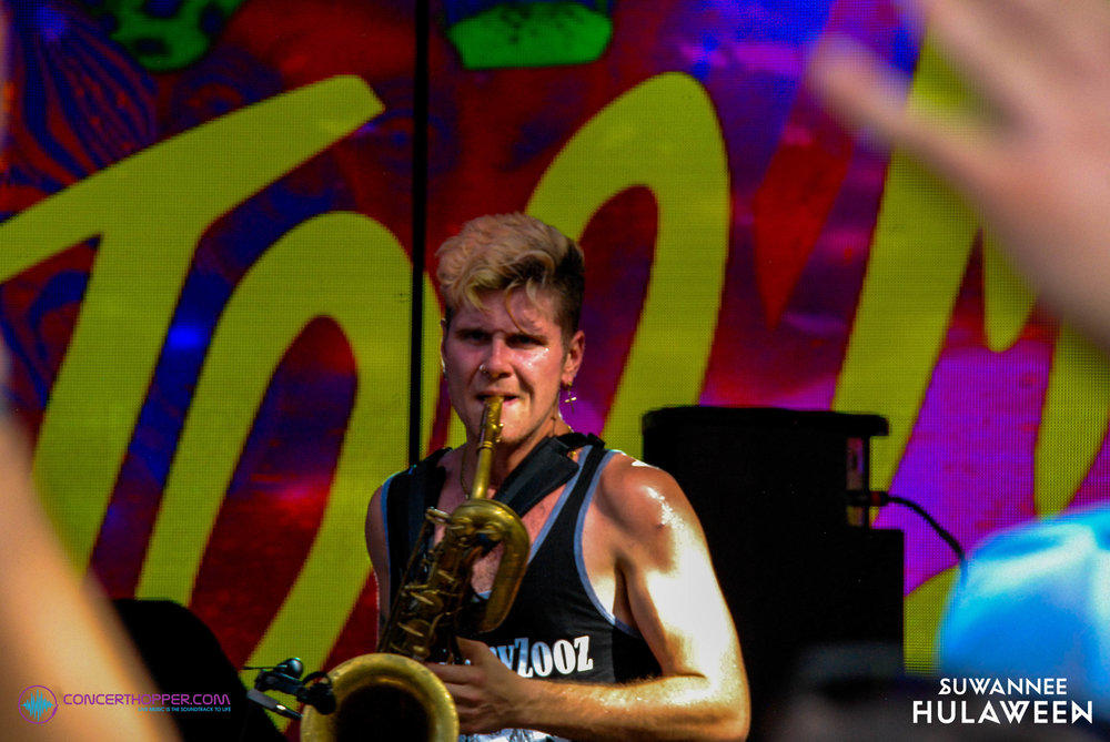 Too Many Zooz at Hulaween 2018_-2.jpg