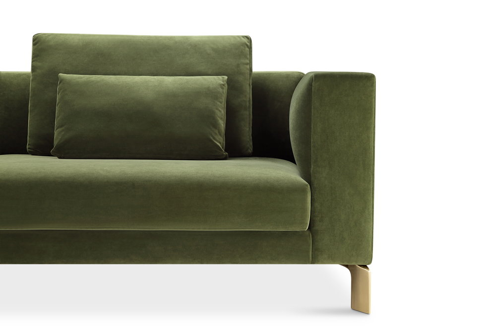 Sofas - Upholstery that lifts you higher.