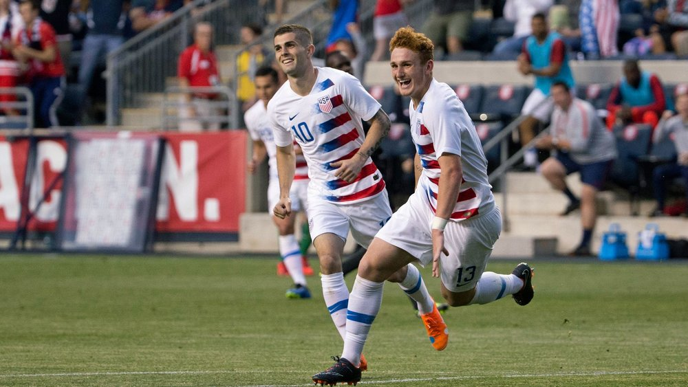 Josh Sargent scoring his first goal for the USMNT.