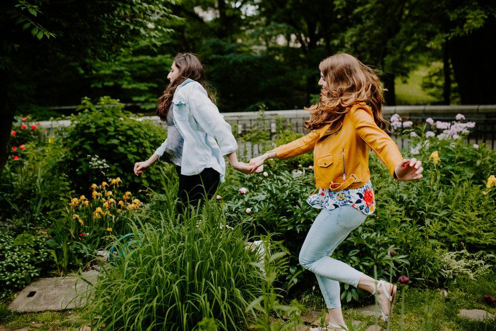 BrittanyMaggie__NYC_Engagement_TowardsTheMoon-45.jpg