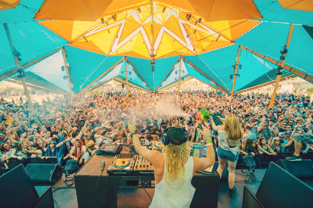 Party Wave Coachella .png