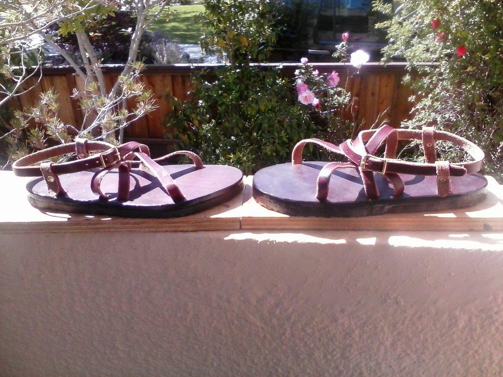 adjustable latigo sandals 03.jpg