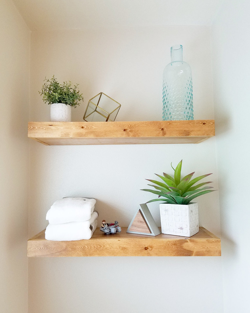 OSO DIY simple floating shelves
