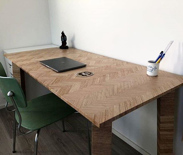 Check out this amazing plywood desk with a herringbone top 😯 made by @mikaelaleksanteri all the way from Finland. Mikael made this over many months, building just on weekends at his local school shop. It's been awesome to connect with the community of makers and share with people from all over the world. Awesome desk build my #finnishfriend . . . . . #diy #diyideas #diyproject #doityourself #makeityourself #makeityourown #makerlife #makersgonnamake #buildsomething #homemade #handcrafted #woodworker #woodcraft #woodworking #woodworkingcommunity #epicgrizzlybeltsandergiveaway #finnishfinish #plywood #herringbone #herringbonedesk #herringboneplywood