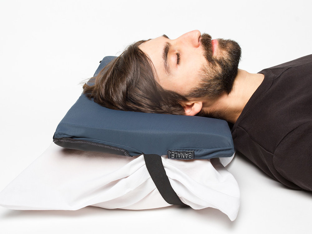 BANALE-PILLOW-or-OMNIPILLOW-06.jpg