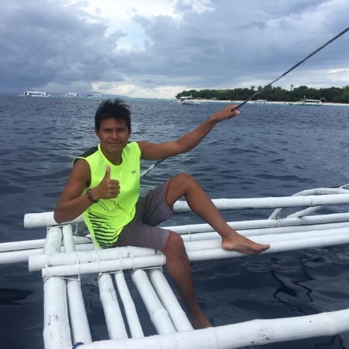 "PJDivemaster, Diveboat Crew, SpeedBoat Operator  - An ""all around crew"" with a good attitude and in full support of the Team, PJ was recently confirmed as a Padi Divemaster. He is also good cook, with a skill of preparing nice fruits and food presentations onboard."