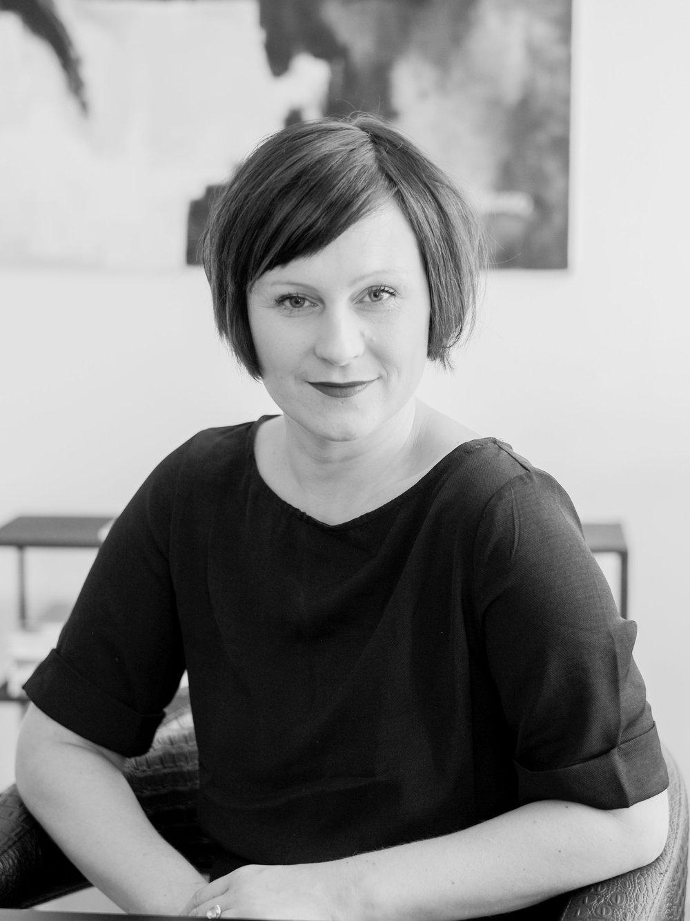Johanna Hernesniemi - tila-ja sisustussuunnittelija, tuotemuotoilija