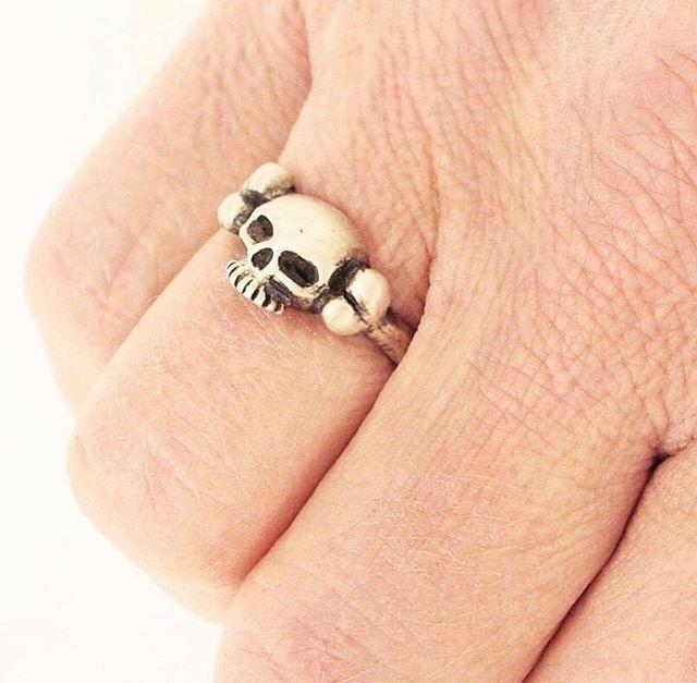 Skull & Bone Ring, 100% sterling silver $89.95 #skulljewelry #bonejewelry #skullandbones #madeindetroit #voodooking #gothjewelry #spooky #creepy #gothic #skulls #jewelrydesigner