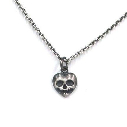 Micro blackened skull heart pendant! Message for pricing! #skulljewelry #bonejewelry #gothjewelry #madeindetroit #handmadejewelry #handmade #sterlingsilverjewelry #uniquejewelry #charmjewelry #creepy #heartjewelry
