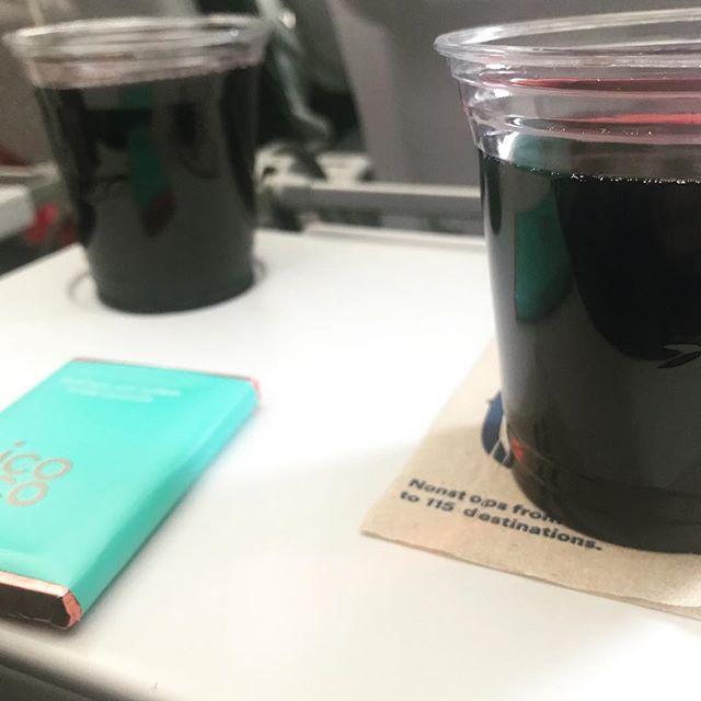 drinks on the way to Hawaii, and the stewardess definitely hooked it up (plus free jack and cokes) #wine #hawaii #honolulu #honeymoon #airplane #cabernetsauvignon  #jackdaniels #lit