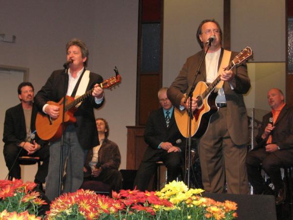 Woody & Stephen sharing a few tunes.jpg