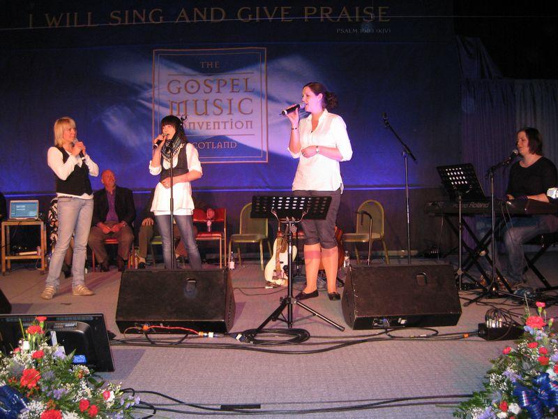 Praise Him in concert.JPG