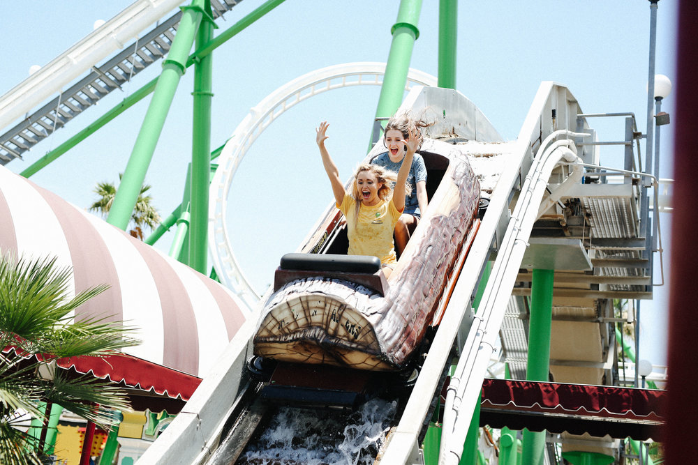 Image of Girls on the drop of Splashdown