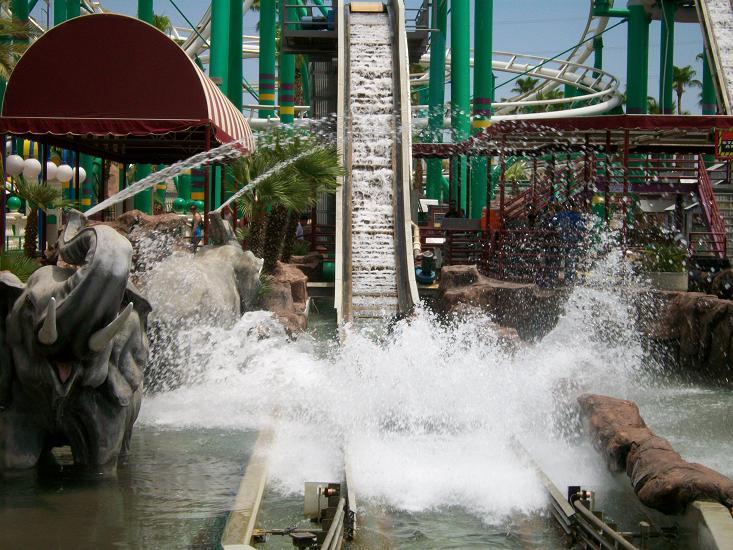 Image of Rider getting splashed on Splashdown