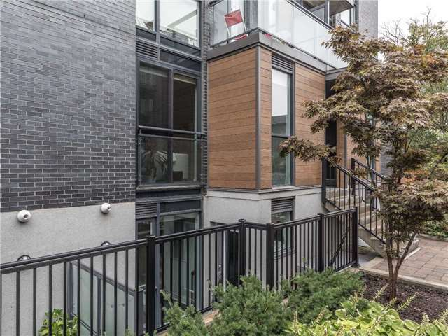 5 Sousa Mendes St #602 - Represented Seller