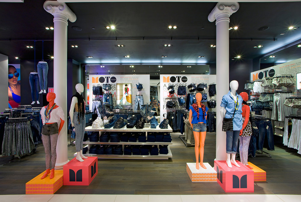 Mannequins wearing the latest in women's fashion trends in British retailer, Topshop / Topman located in New York. MEP designed by 2LS Consulting Engineering.