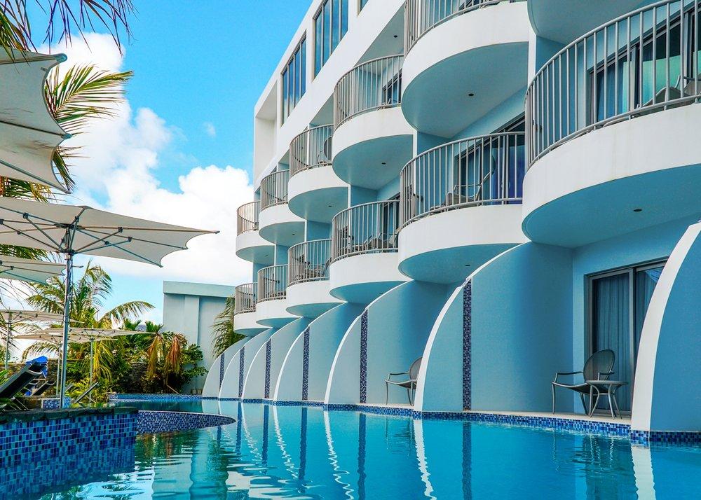 Harbor Club Hotel -
