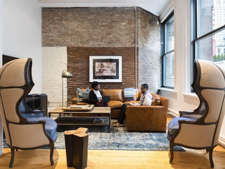Inside Edrington Americas new NYC office, which boasts a world-class cocktail bar right in the entrance - March 28, 2018 | AOLWith many offices offering the option to work remotely, companies have turned a sharp focus to creating workspace environments ...Read More