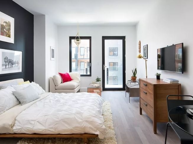 Williamsburg Rentals Targeting 'Young Professionals' Now Leasing From $2,723 - May 2, 2016 | CurbedWilliamsburg continues to prove itself as the getaway to Brooklyn with The Berkley, a new 95-apartment rental building targeting young professionals. ...Read More