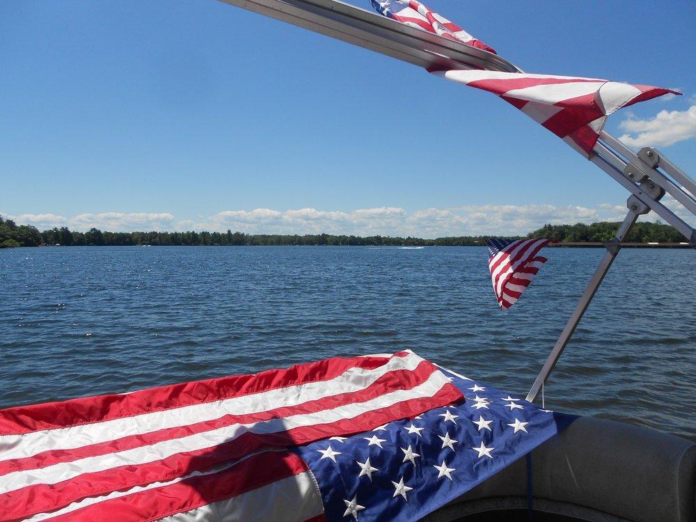LLPOA Boat Parade 002.jpg
