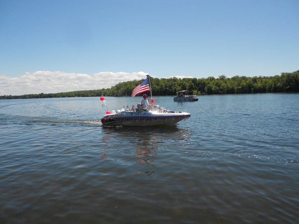 LLPOA Boat Parade 004.jpg