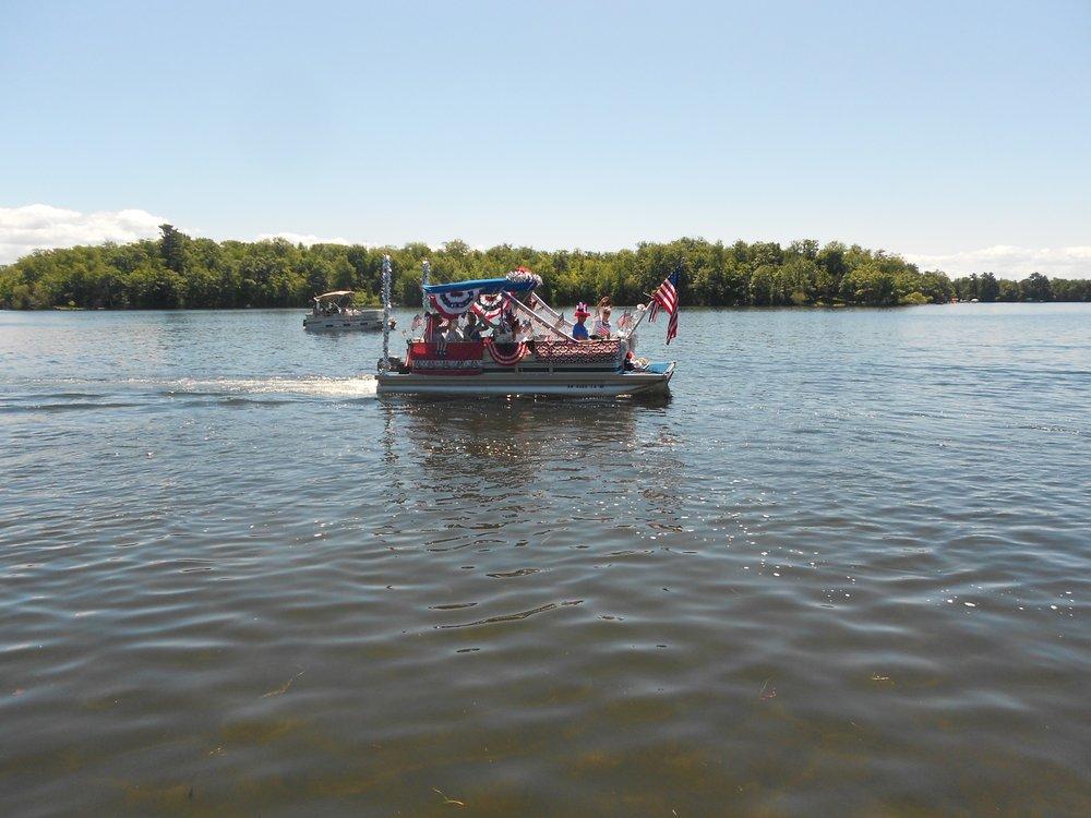 LLPOA Boat Parade 005.jpg