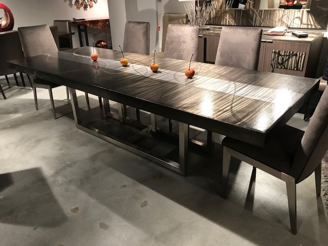 metal table at market.JPG