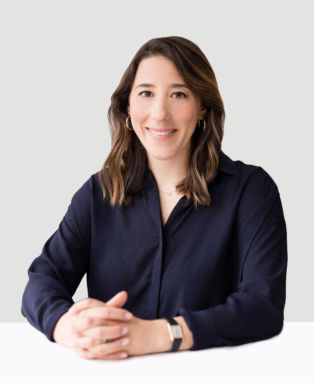 Suzanne Casolaro, Principal