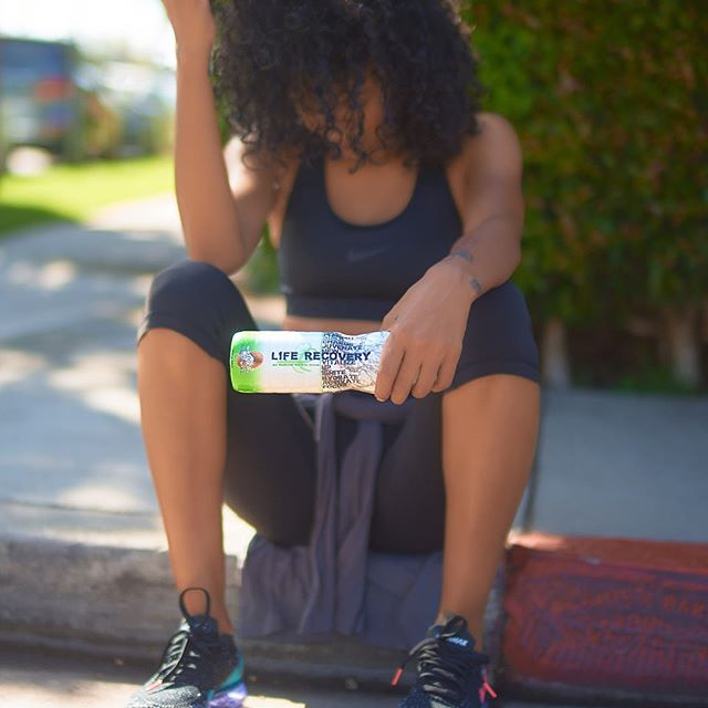 No Matter The Situation. How You React To It Determines Everything.  #howdidyourecover . . . . . #liferecoverywater #lifestyle #fitness #coconutwater #hydrate #focus #nutrition #natural #athlete #cleaneating #cardio #organic #healthylife #wellness #eatclean #focus #endurance
