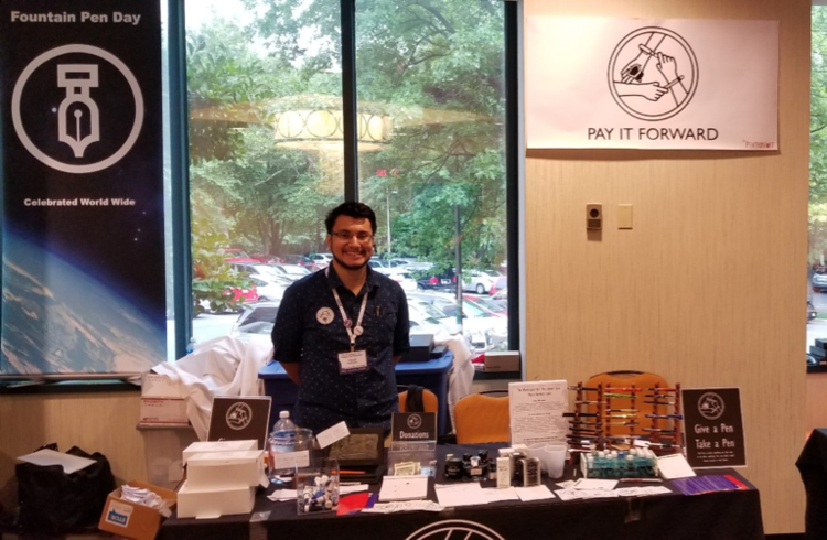 The Pay-it-Forward Table's Debut at the 2017 Washington D.C. Pen Show