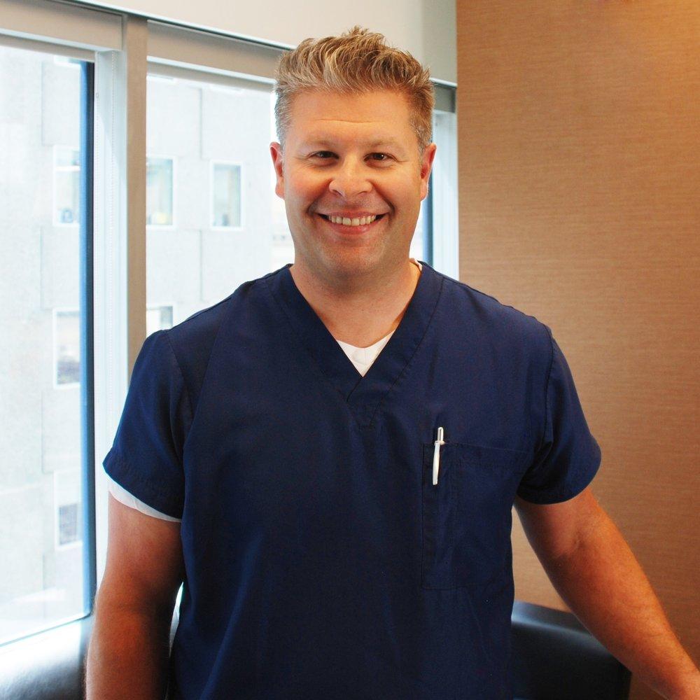 dr_darren_fee_of_park_fee_dental