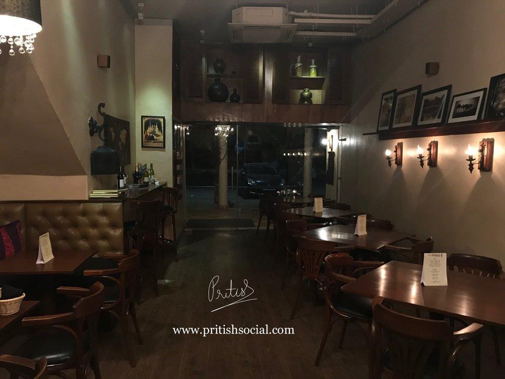 Café Nomad Chandigarh | Best Middle Eastern Restaurant 5 |Sector 7 | Food Blog | PritishSocial