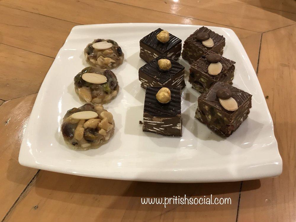 Eggless Chocolates Cannoli Café PritishSocial.jpg