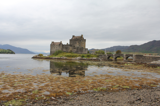 einean-dinean-castle-scotland tourism travel photo pritishsocial.jpg