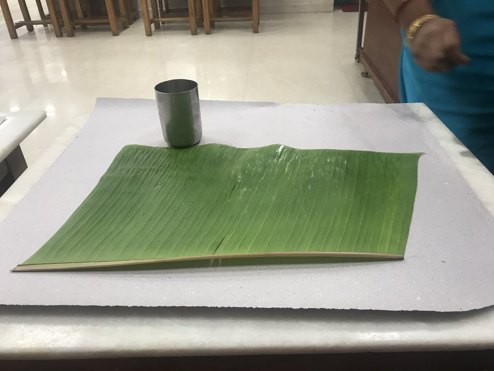 7 Reasons Why You Must Always Eat On Banana Leaves