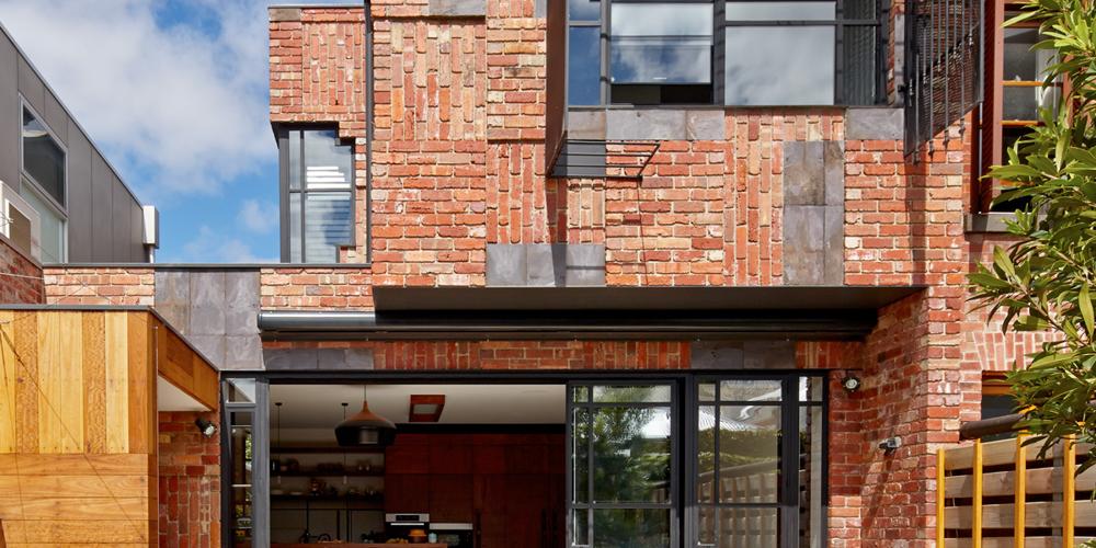 valdemars-house-exterior-painting-fitzroy-north-lrg.jpg