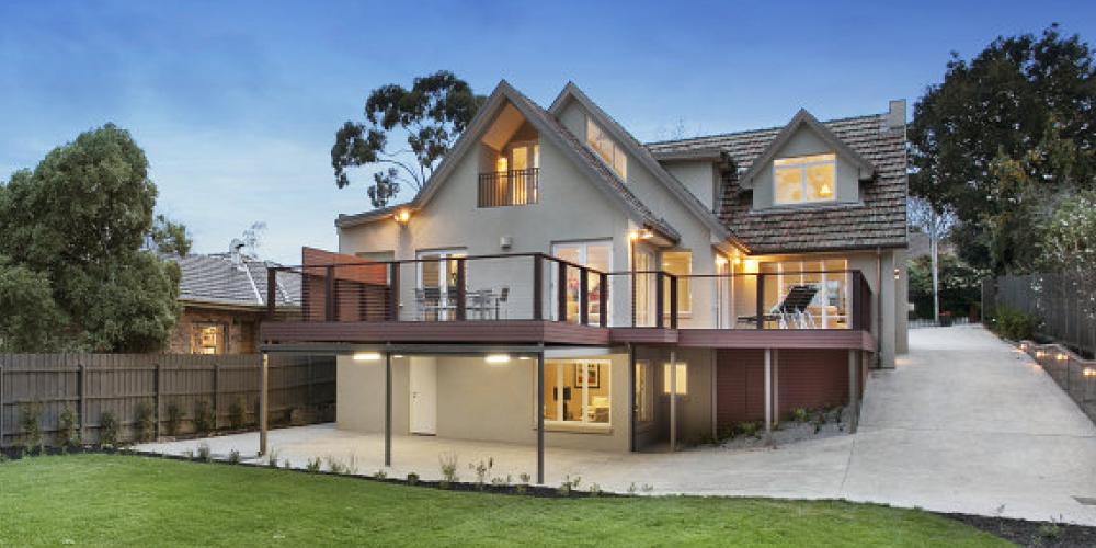 valdemars-house-exterior-painting-mount-albert-lrg2.jpg
